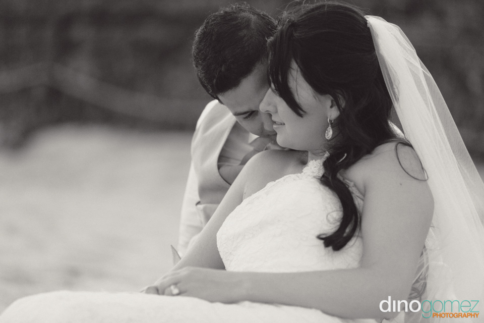 Happy Bride And Groom Passionate Embrace Ontheir Wedding Day Captured By Photographer In Cancun Dino Gomez