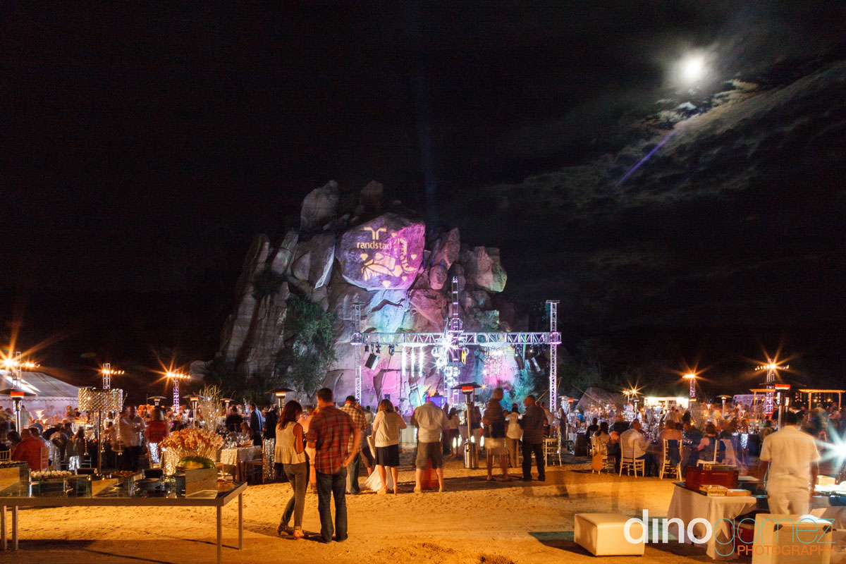 A shot of the guests at the Randstad 2014 event in Cabo by photographer Dino Gomez