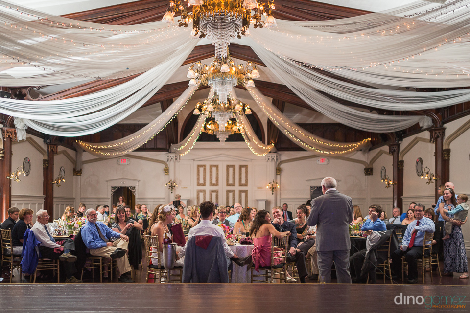 father of the bride giving a speech at the Elysian ballroom port