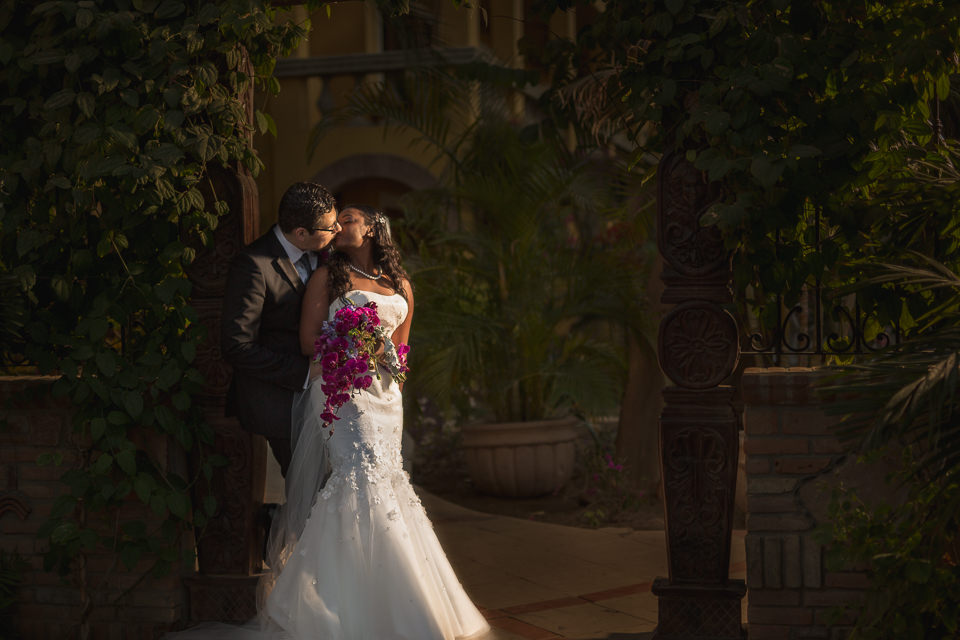Artistic and creative Destination Wedding Photographers in Cabo