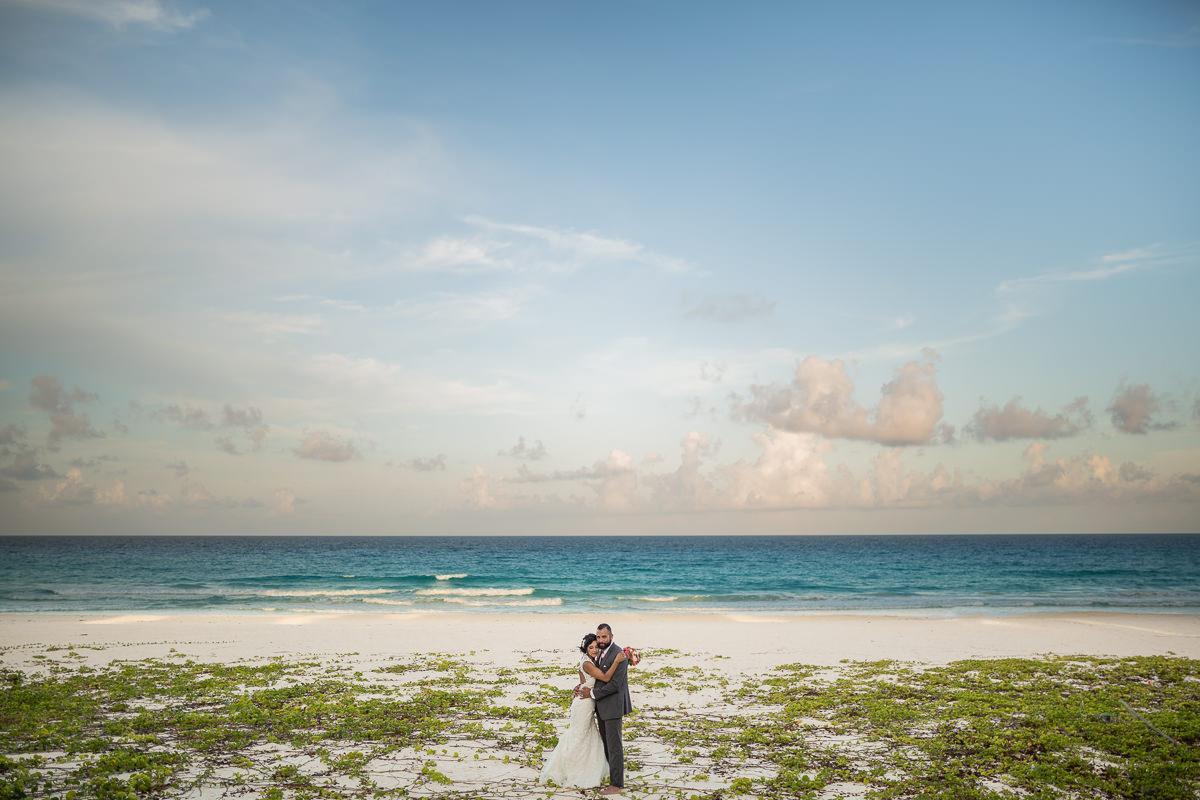Stellar creative wedding photographers in Mexico Los Cabos Rivie