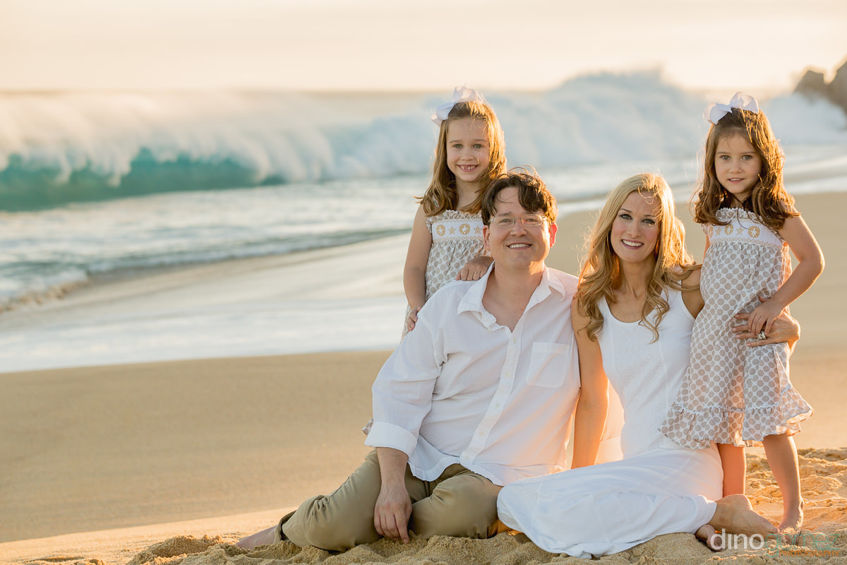 Family Photographer Hollrah Session on the beach