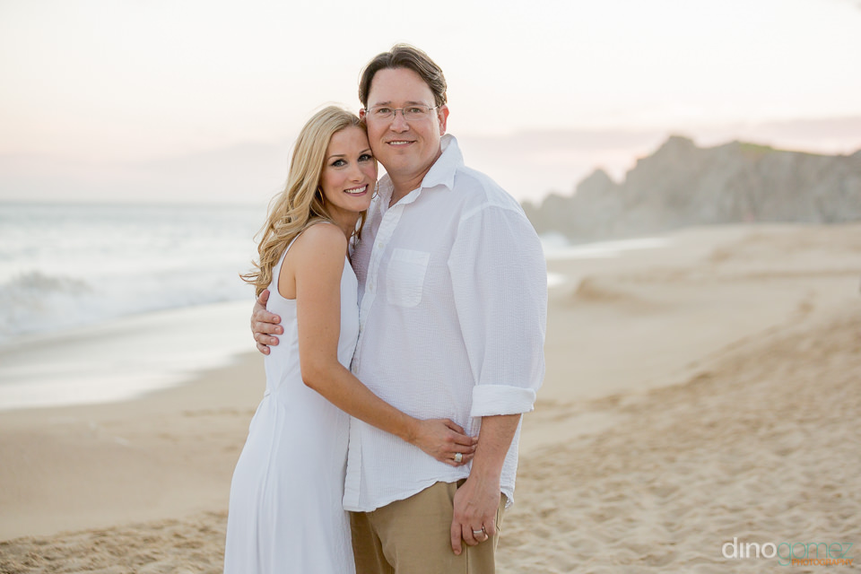 Family Photographer Hollrah photo Session on the beach in Los Ca