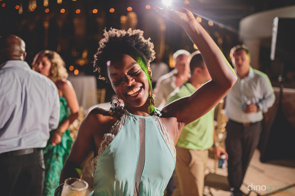 Cabo wedding music guest dances