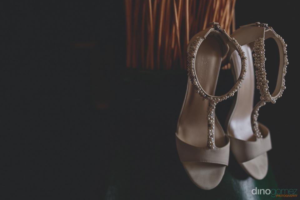 Bride's pearl wedding shoes