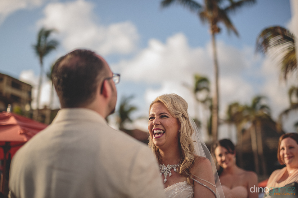 dino gomez cabo best wedding photographer happy bride