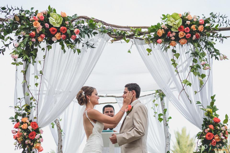 Cabo wedding rentals altar