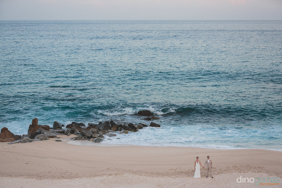 Picturesque cabo beach wedding