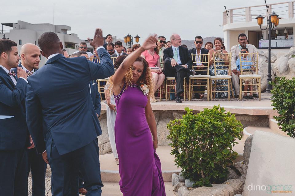 Congratulating the groom in Los Cabos