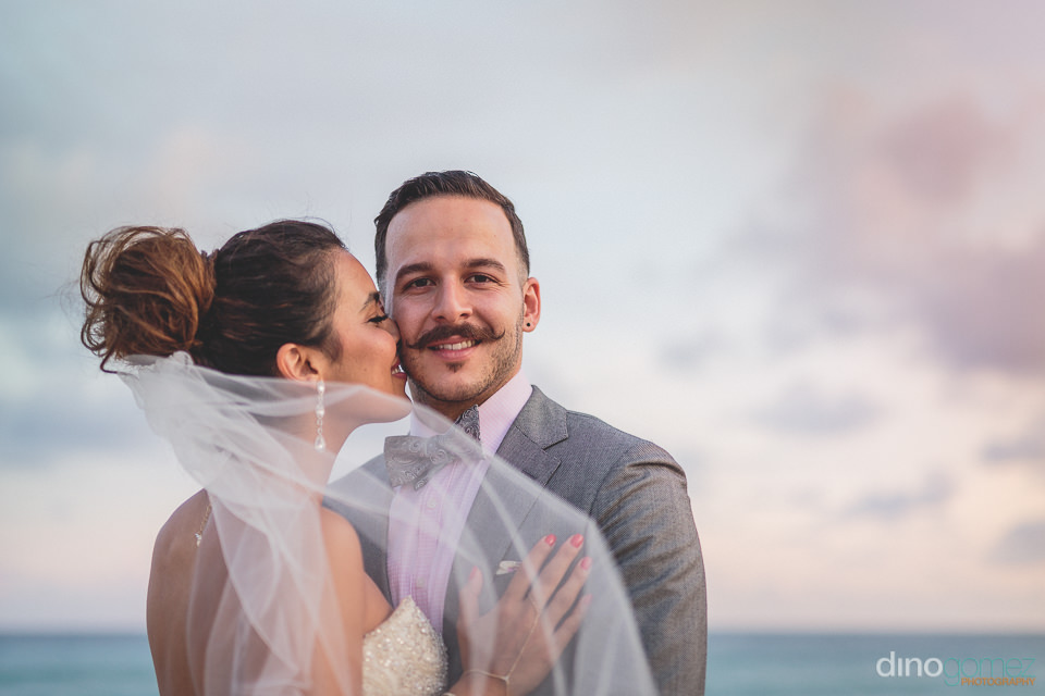 beautiful cabo sunset wedding photo