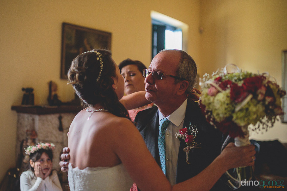 good luck kiss for the bride on her wedding day