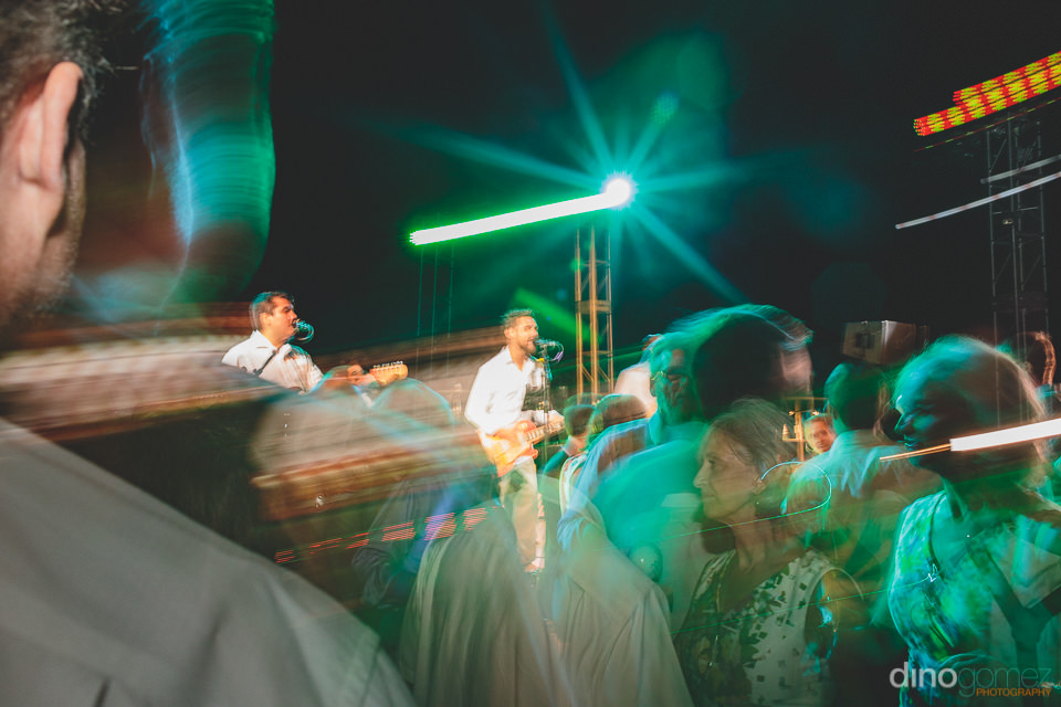 wedding party organized by amy abbott events with cabo band kilo