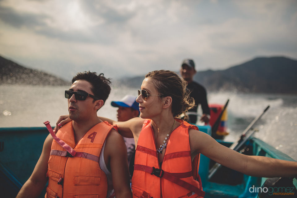destination wedding photographer in colombia dino gomez rides in