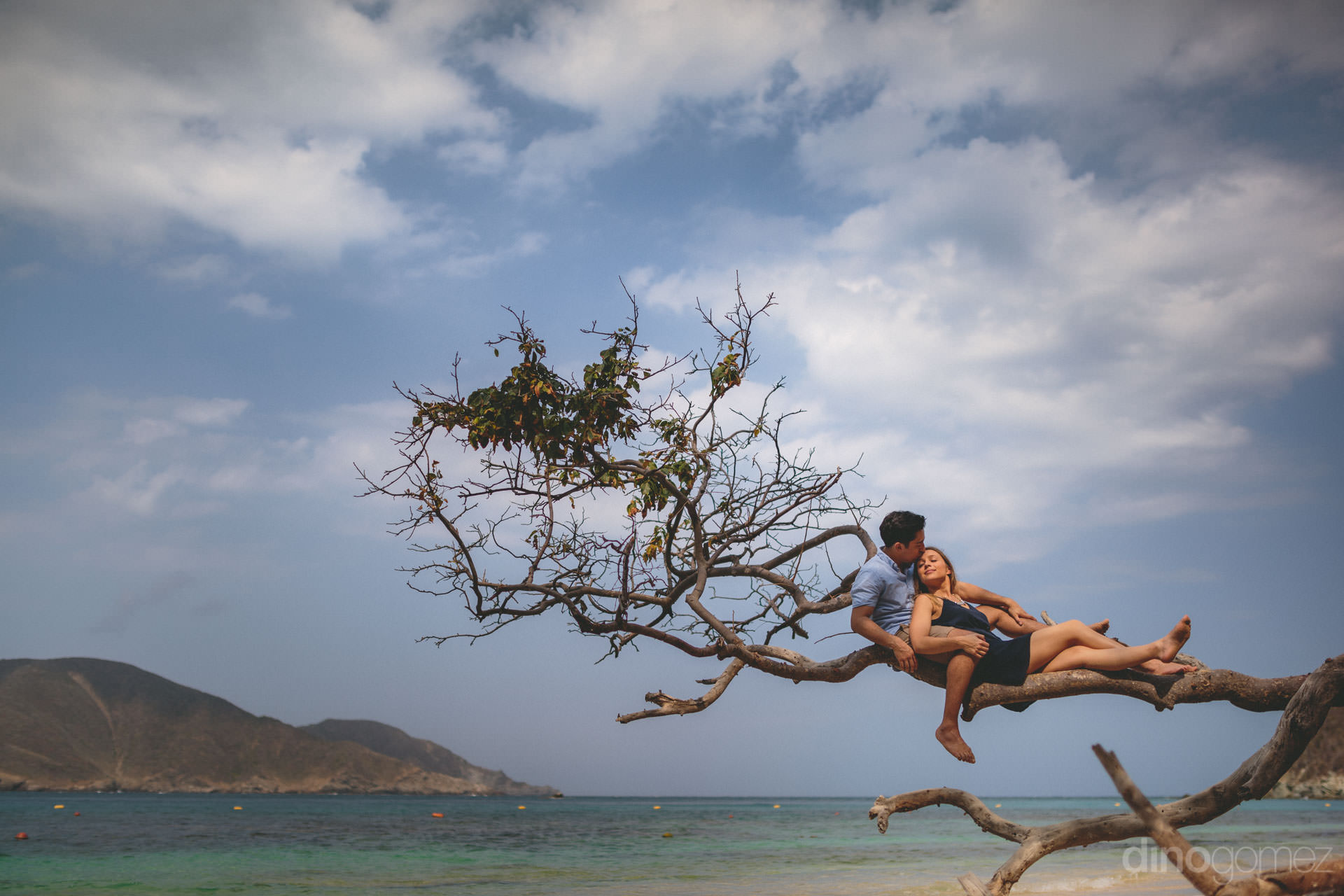 destination wedding location tayrona national park colombia with
