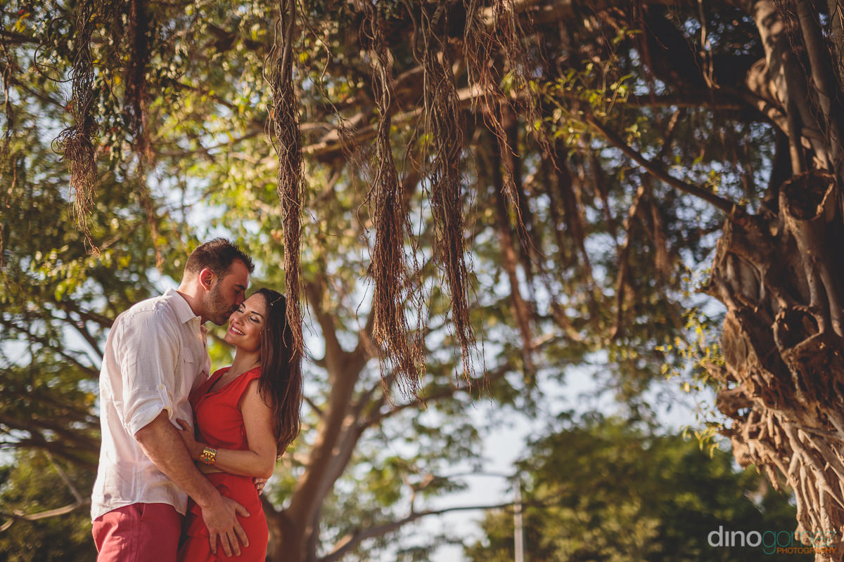 outdoor wedding photo session in mexico by dino gomez
