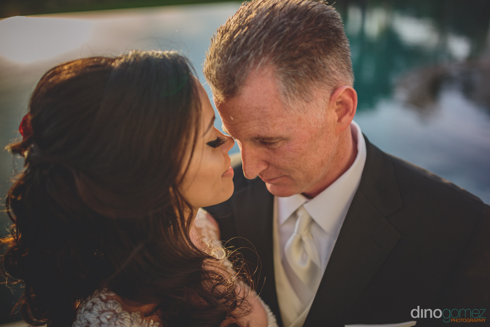 wedding photographer in mexico dino gomez closeup shot of the br