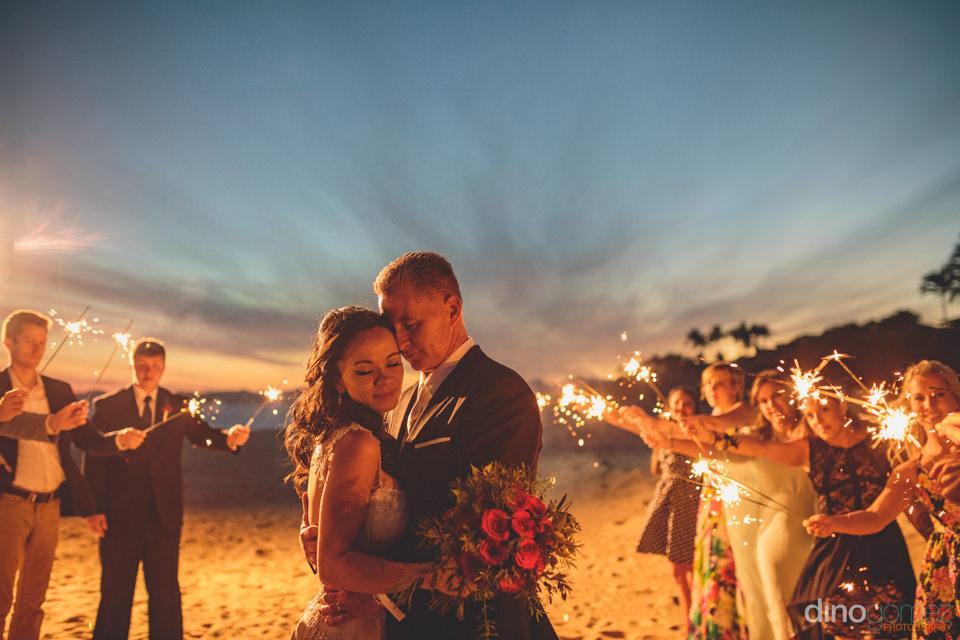 wedding videographer dino gomez beach wedding in cabo