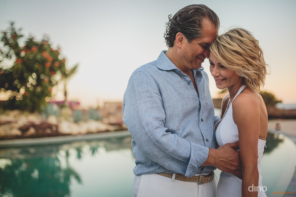 mexico beach wedding for eloped couple photographed by dino gome