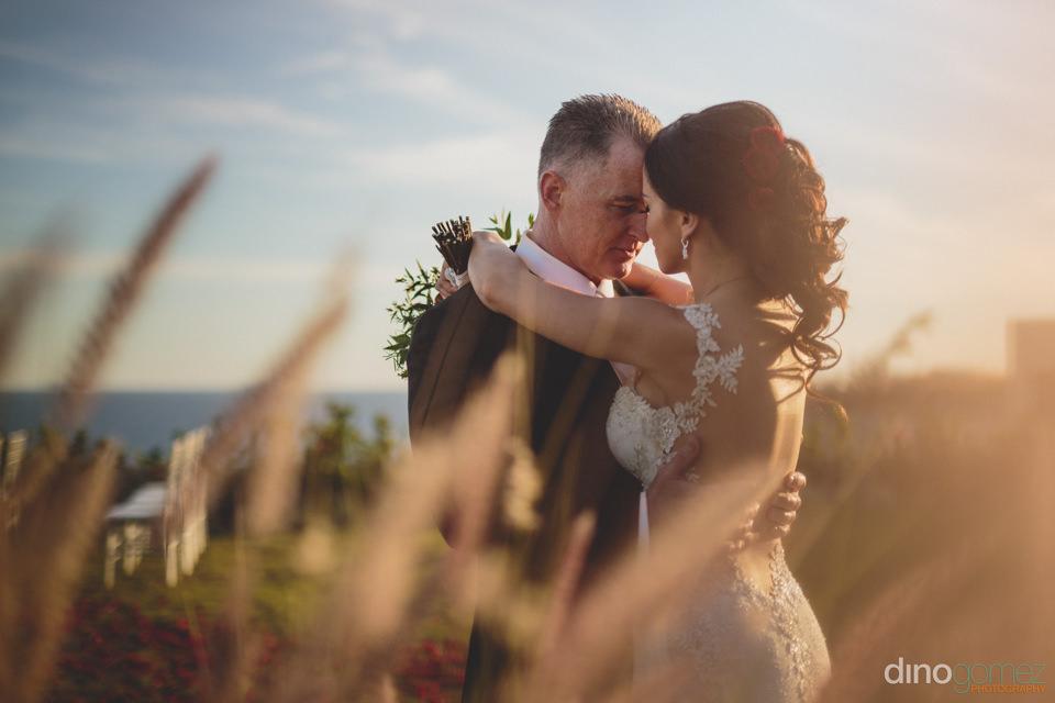 wedding photographer and videographer dino gomez photo of newlyw