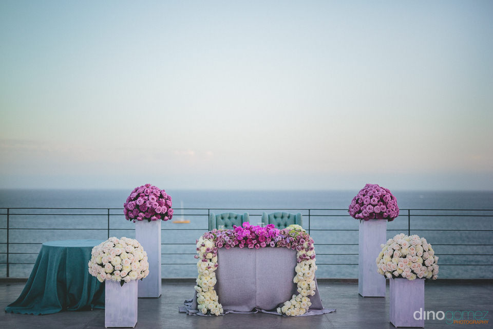 floral design and lighting by the main event cabo