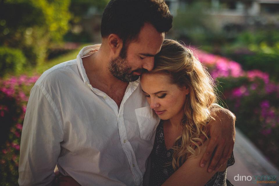 newlyweds in todos santos photographer dino gomez