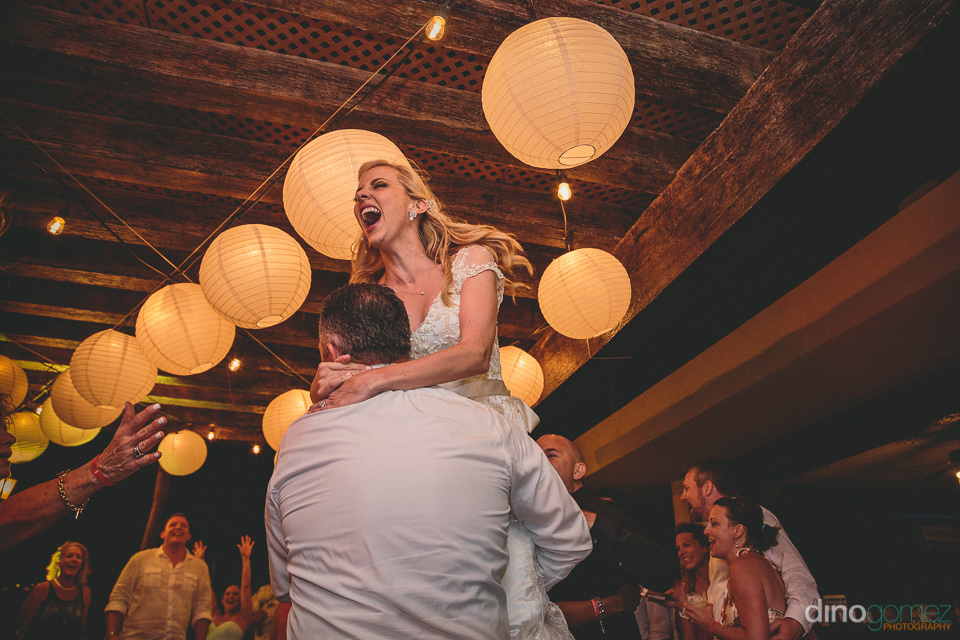 riu palace los cabos newlyweds dance during wedding reception ph