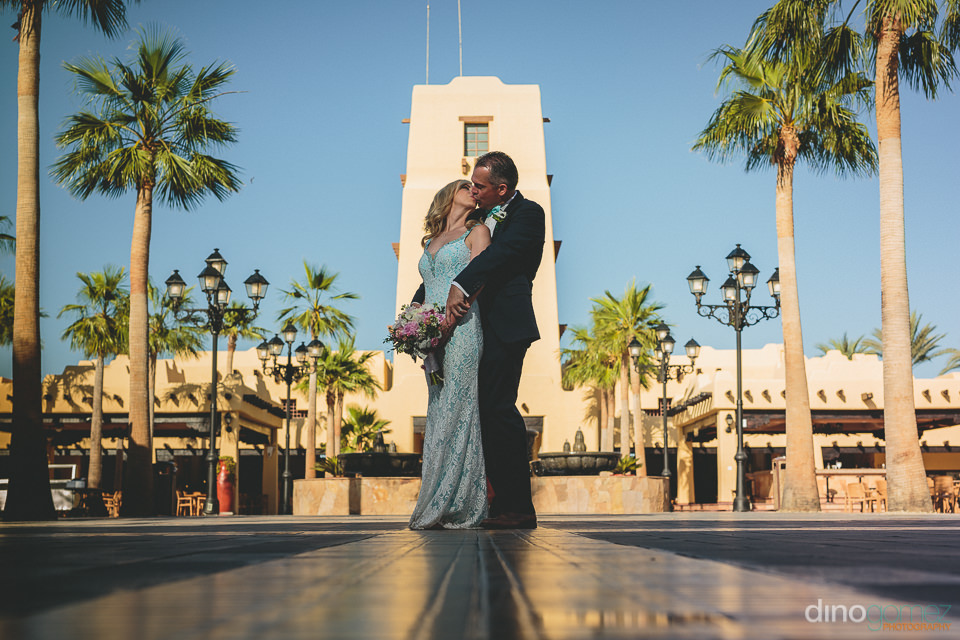 riu santa fe southwestern style resort wedding on the beach