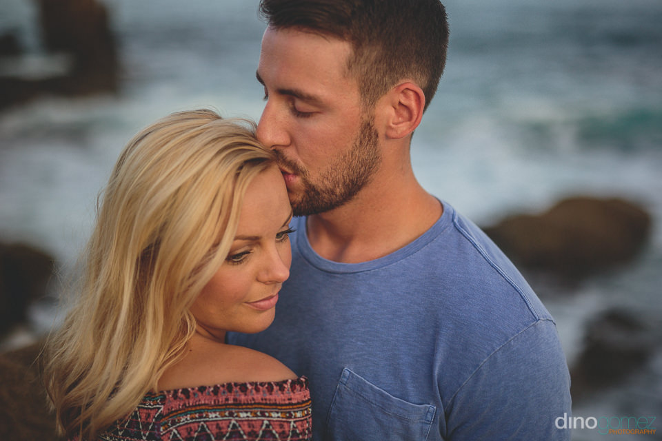 los cabos beach photo shoot with young good looking newlyweds