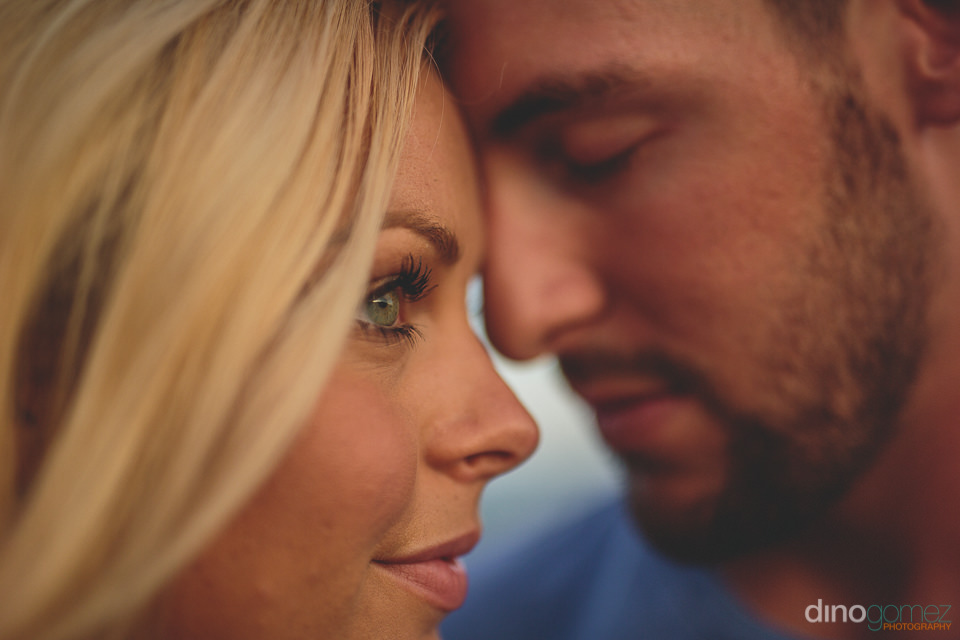 engagement session photos in los cabos by professional photograp