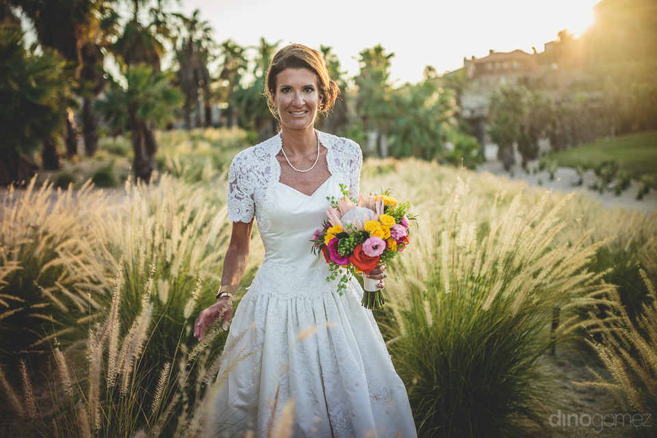 newlywed bride at beautiful cabo golf resort el dorado