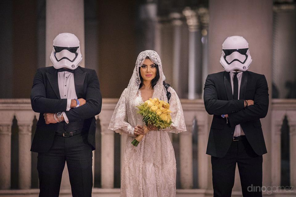 theme destination wedding photos by dino gomez in las vegas of s