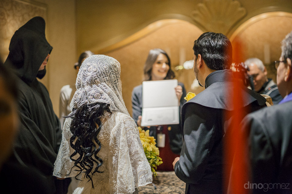 best hotel in vegas for wedding photographs by dino gomez