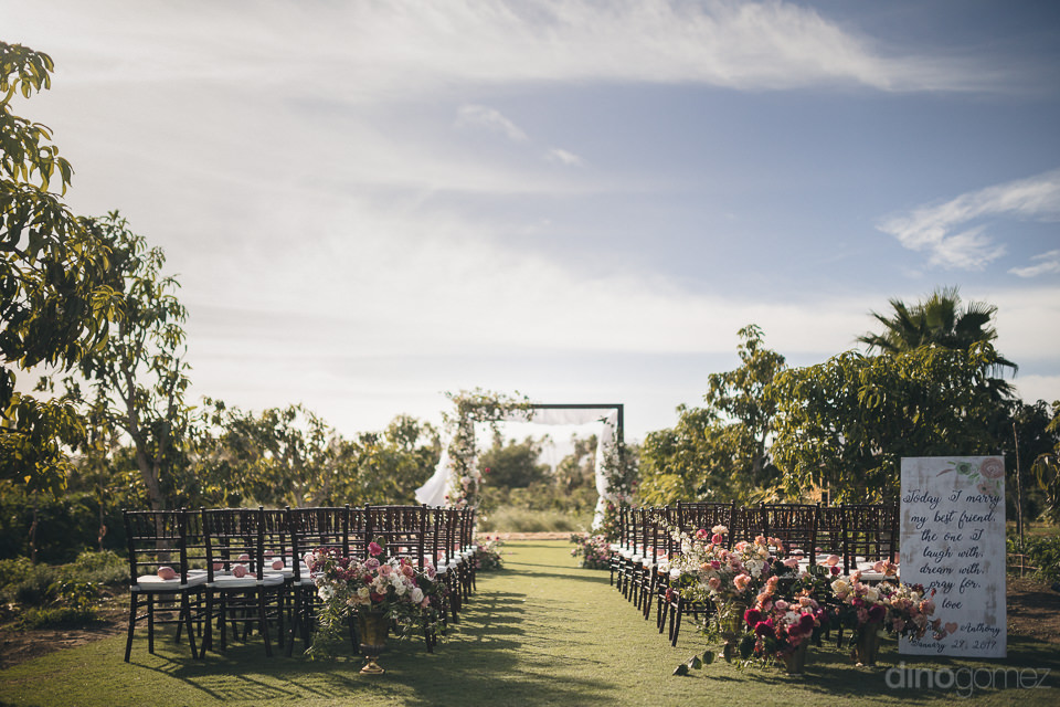 luxury wedding ceremony flora farms by amy abbott events del cab