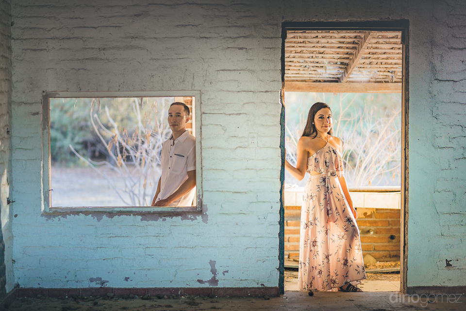 newlyweds in old abandoned house in los barriles mexico photo se
