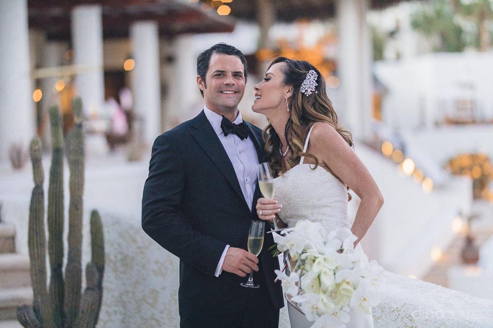 classy bride and groom wedding photos by dino gomez