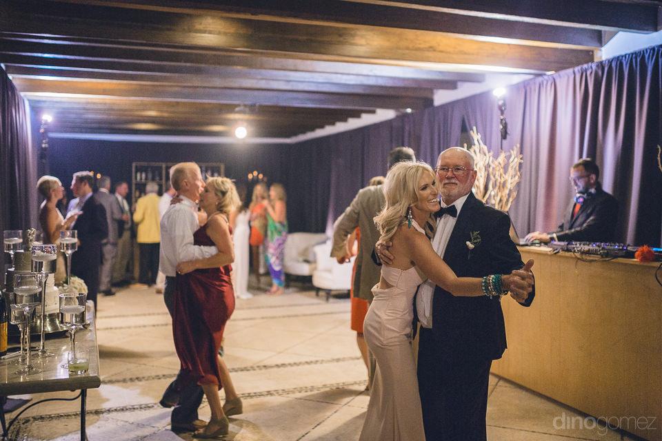 reception at las ventanas al paraiso wedding photos by cabos bes