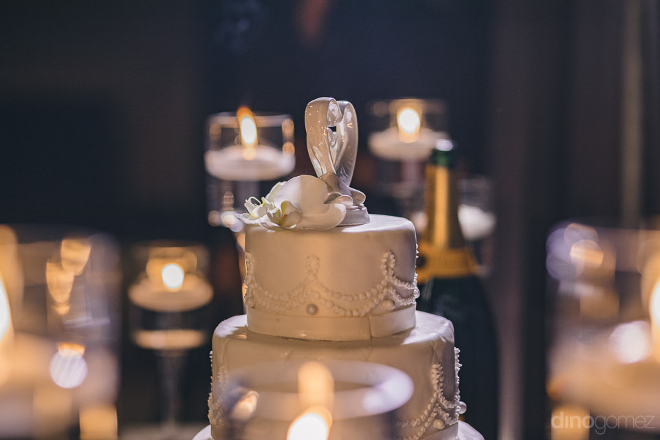 wedding cake and champagne at destination wedding