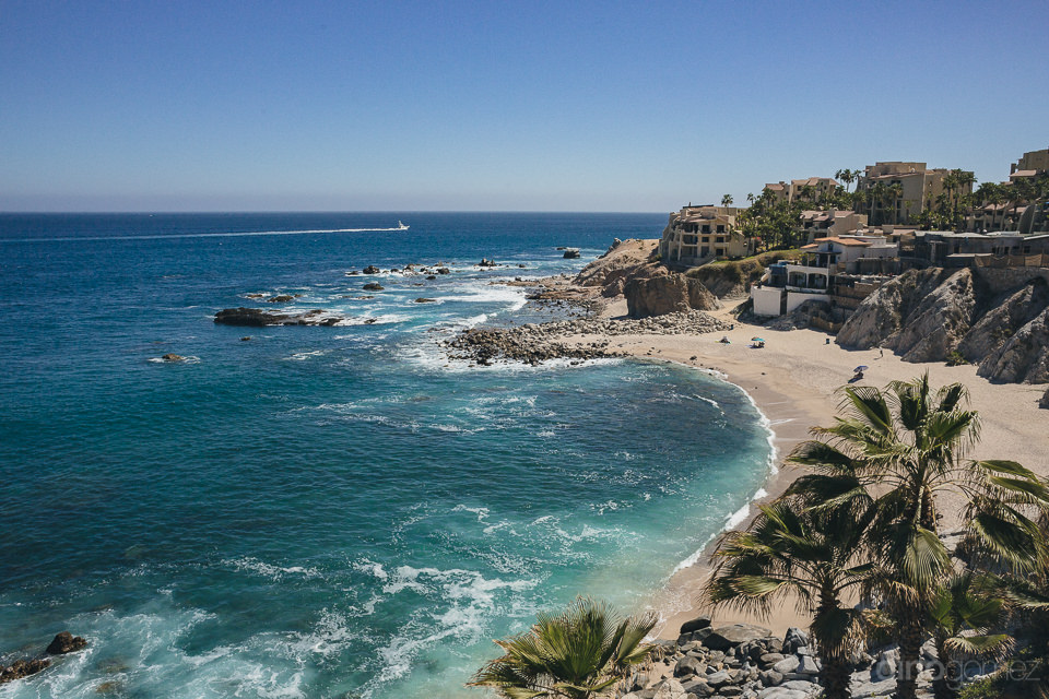 los cabos beach view from luxury hotel window photo by dino gome