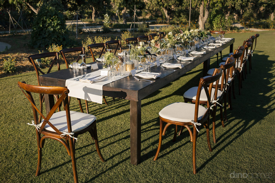 wedding rentals by let it be events and mariana idirin with phot