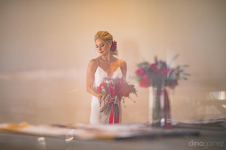 Taryn holding her flowers