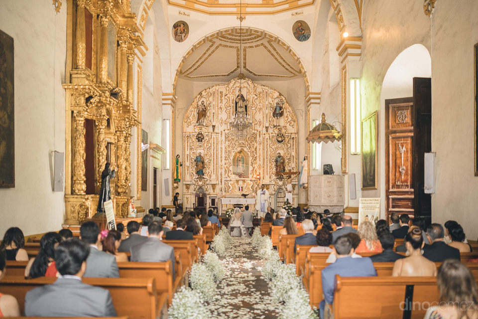 beautiful scene inside mexico church wedding photo by dino gomez