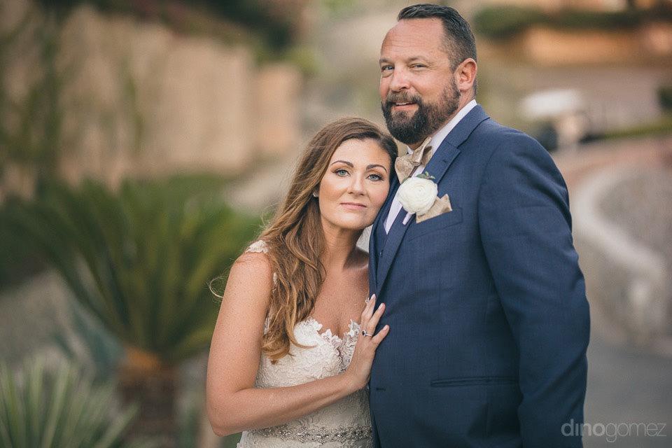 wedding altar floral arrangements - Deirdre & Rob