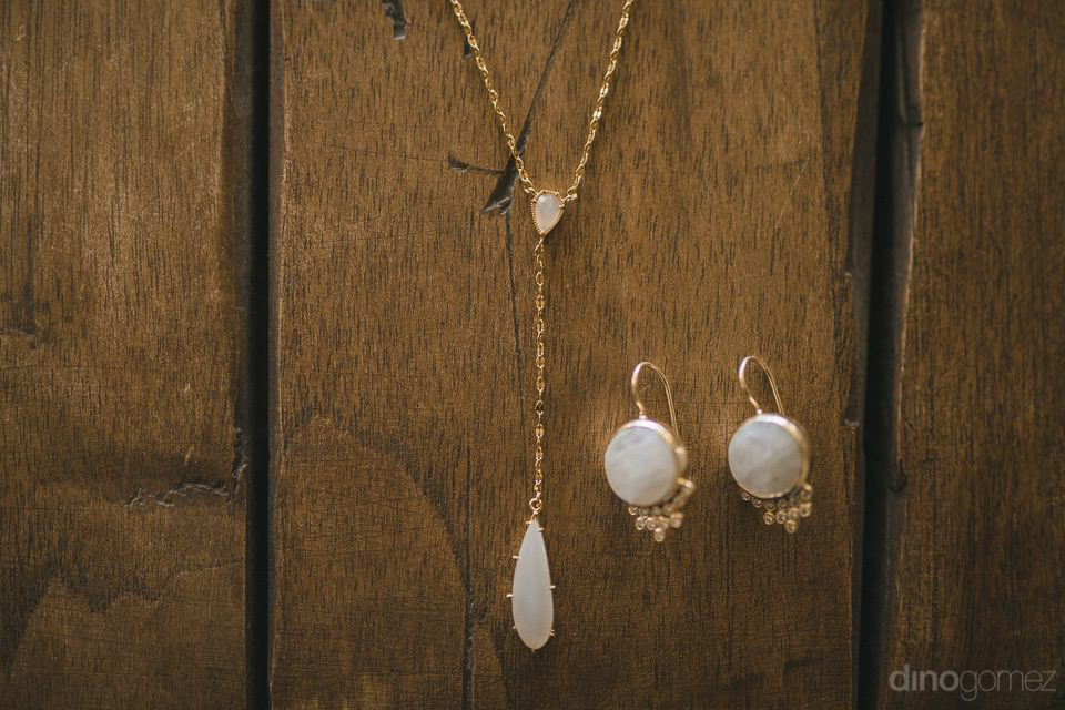 The jewelry of the bride - Chiara & Jeremee