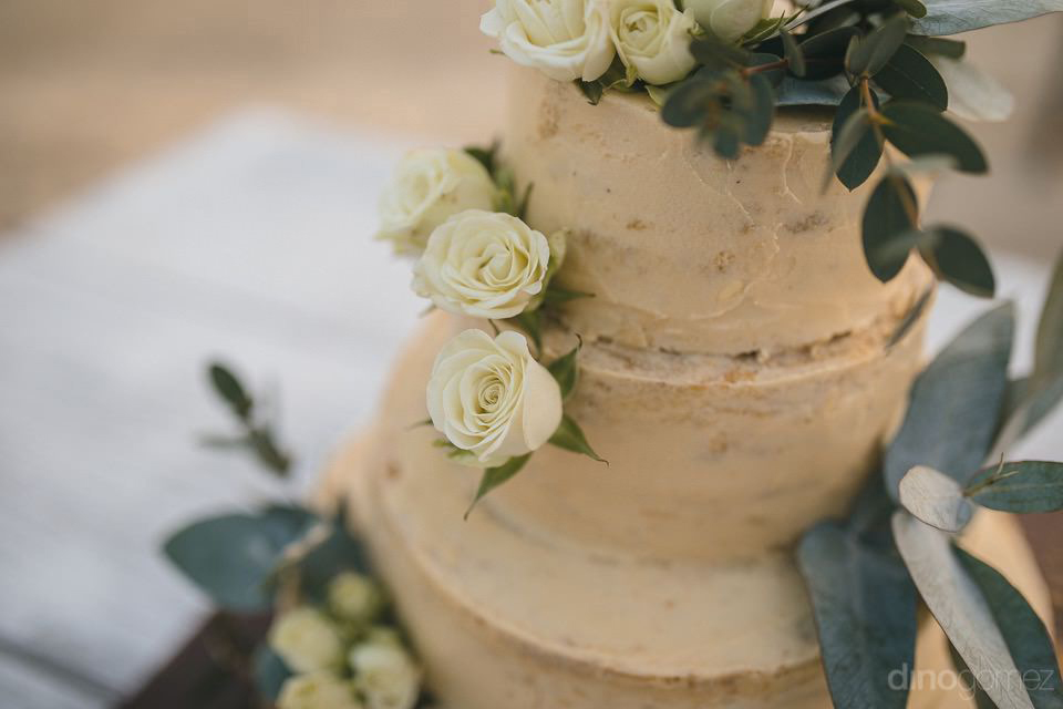 detail of the wedding cake - Chiara & Jeremee