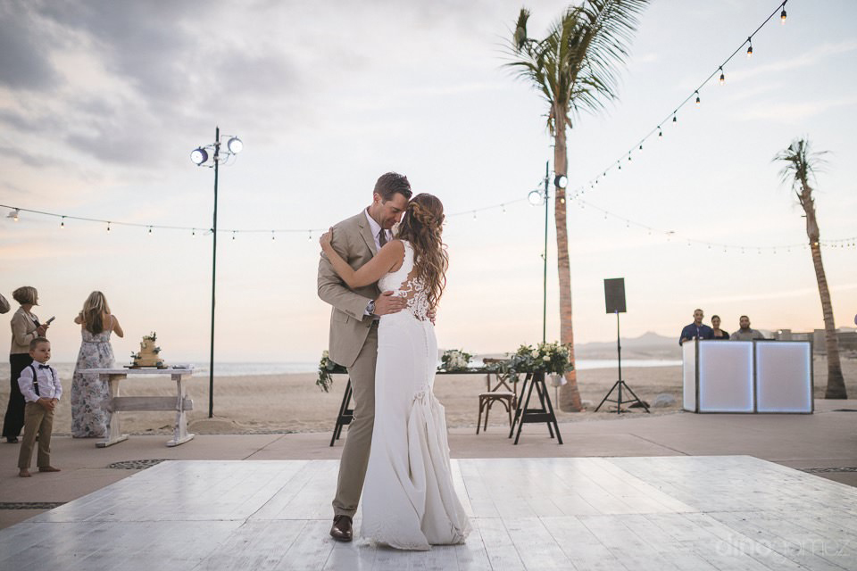 newlyweds first dance - Chiara & Jeremee