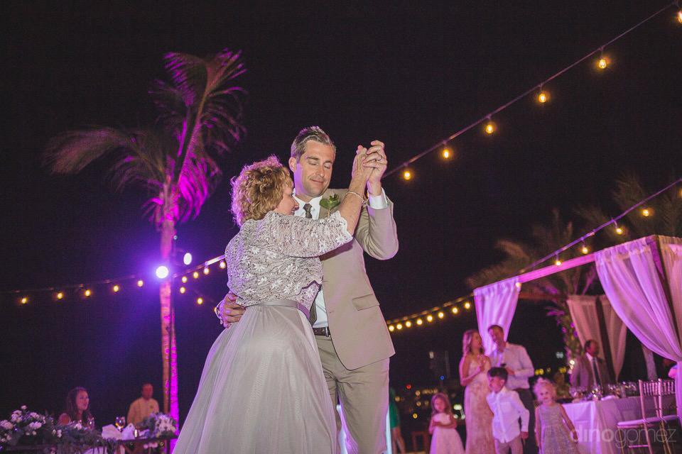 Motor dancing with the groom - Chiara & Jeremee