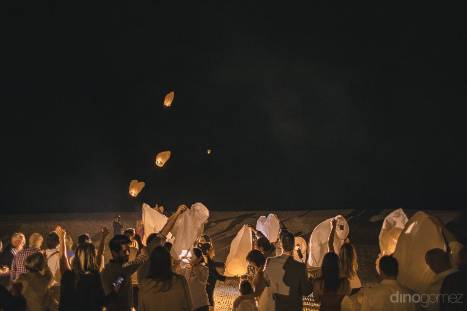 Releasing of the wishing lanterns - Chiara & Jeremee