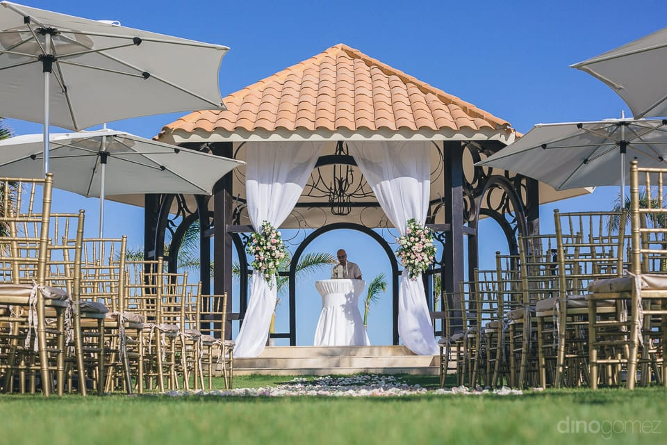 Spectacular view of the wedding venue near the sea of the lovely couple-Shannon & Jordan
