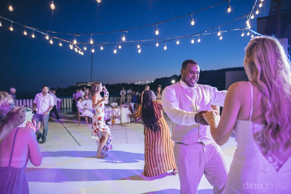 Picture captures the dance time during the evening poolside of the newly married couple- Amber & Josh