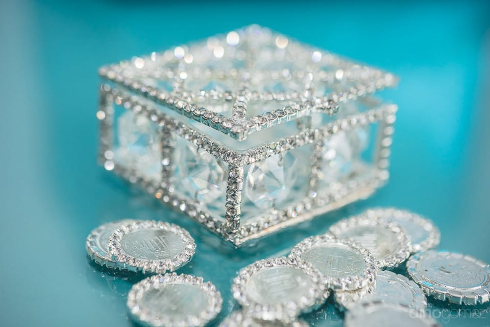 A pretty transparent box decorated with silver crystals for the wedding of the lovely couple- Christina & Steve